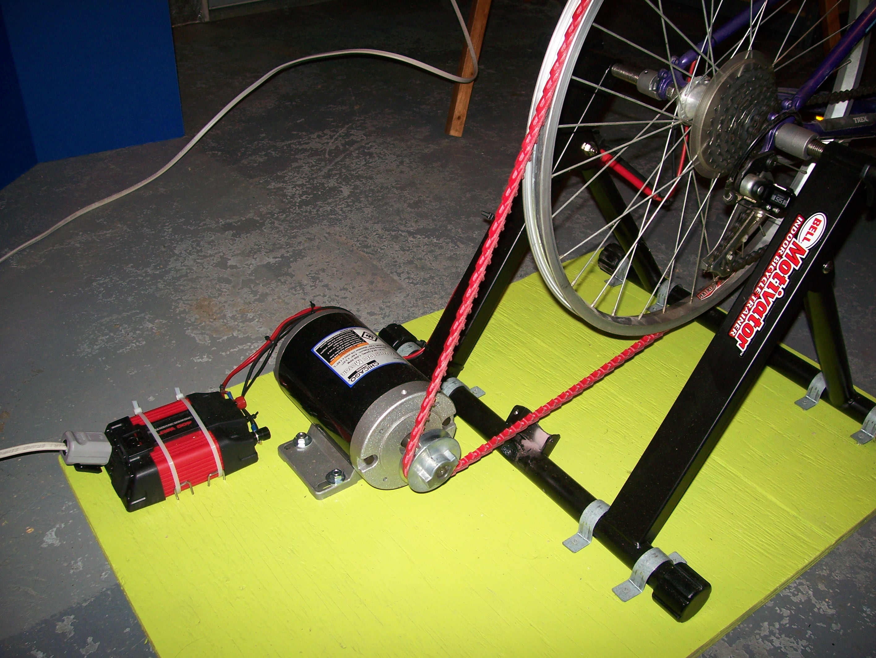 pedal dynamo generator Reelight's neo bike lights promise an easy-to-mount friction-free generator for a virtually endless energy source.